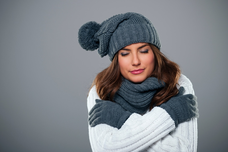 young-woman-shivering-during-the-winter-season